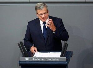 Bronislaw-Komorowski-przemawia-w-Bundestagu
